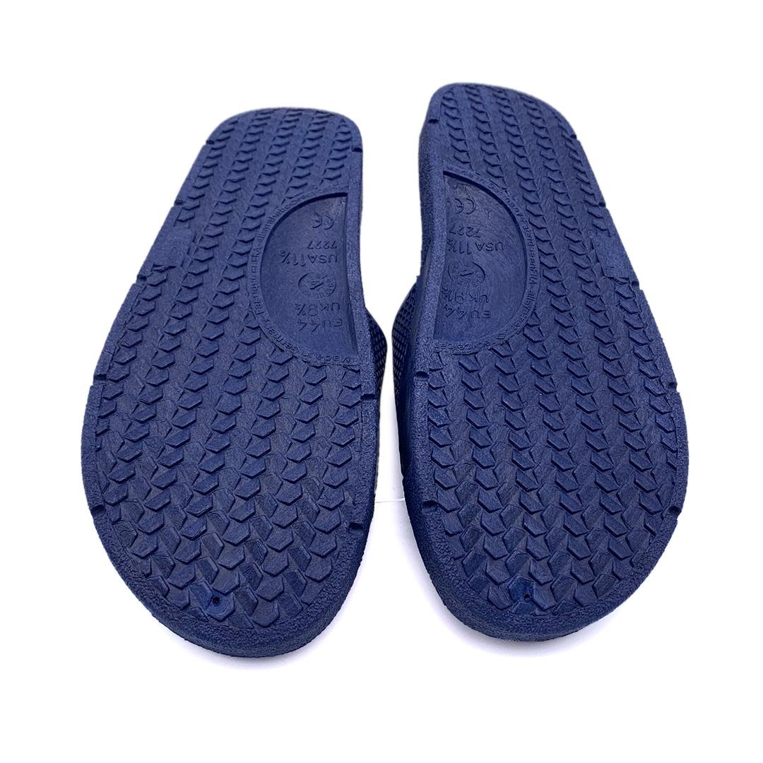Badelatsche blau von Fashy mit Therme Eins Aufdruck Sohle